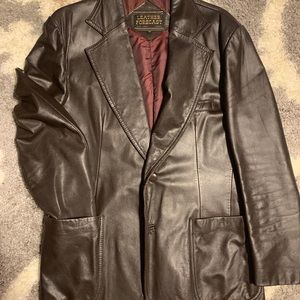 Vintage Sz 42 LEATHER forecast great condition!